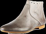 Shoe The Bear - Resaca