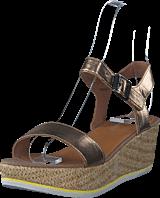 Esprit - Tipsy Metallic Sandal